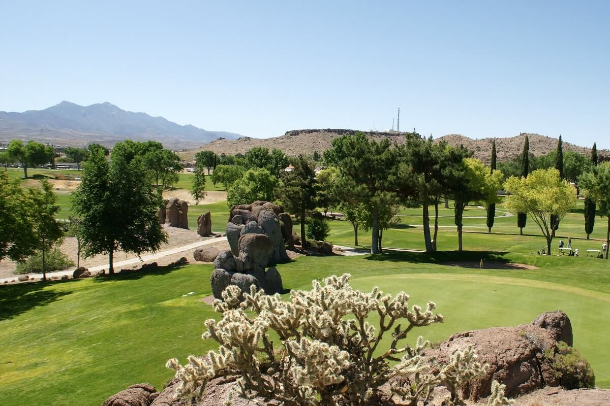Cerbat Cliff's Golf Course 8th hole